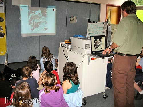 Jim presenting in 4th grade classroom